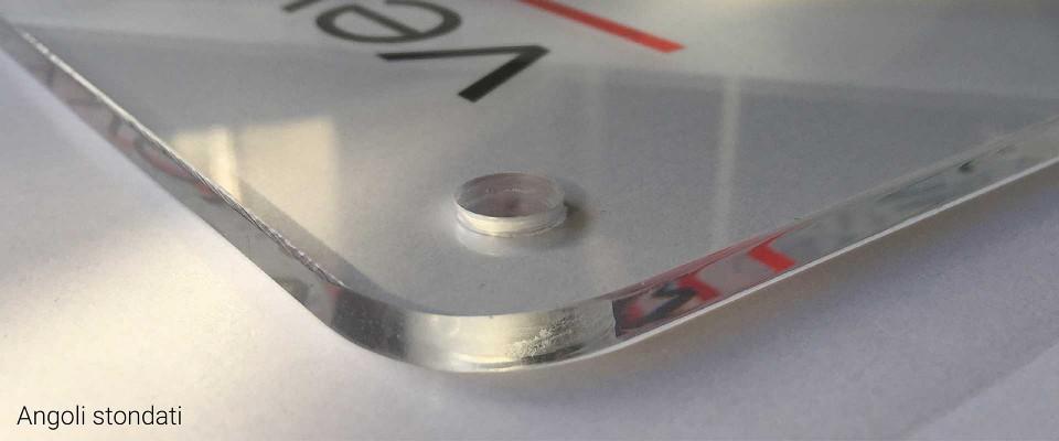 Targhe in Plexiglas Rett. Realizza una targa in plexiglass forex o alluminio personalizzata per indicare la tua attivita. Stampa su Plex Forex e Alluminio