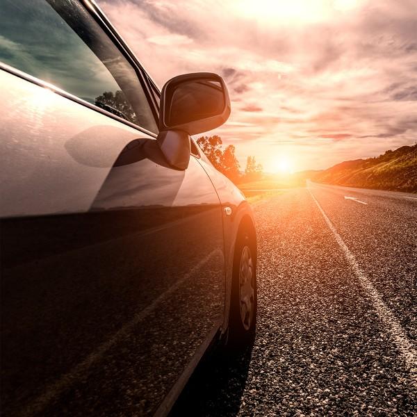 Pellicole solari per oscuramento vetri automobili